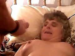 Free mom xxx clip sample