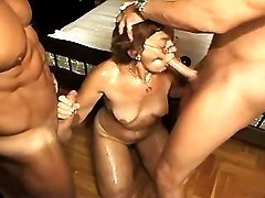 Men share lustful ganny in groupsex