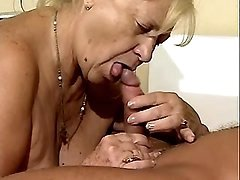 Plump granny sucks cock of doctor