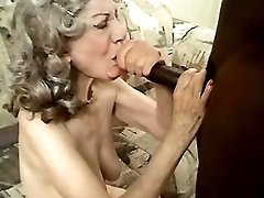 Granny fucked by blackie