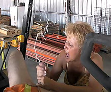 Hot Wife Tracy Cum Blast City