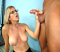 Jade Jameson milf handjob