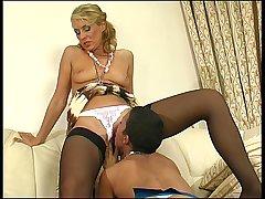 Bridget&Sheila pussylicking mature on video