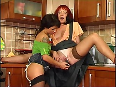 Dorothy&Subrina mom in lesbian action