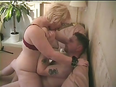 Horny grandma gets good fucking at home