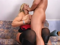 Sexy old blond broad pounded in her loose hole