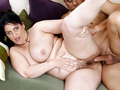 Your Mom's Hairy Pussy 10