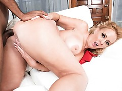 Dirty-talking, anal-loving, BBC-throating Penelope