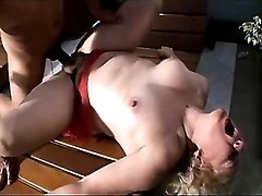 Mature does blowjob and gets fuck